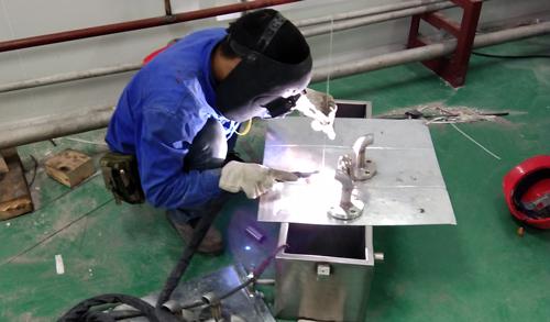 珠海市威迅科技厂房工艺管道安装入场施工