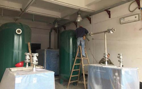 纤科工业(珠海)有限公司空压机房增容安装入场施工